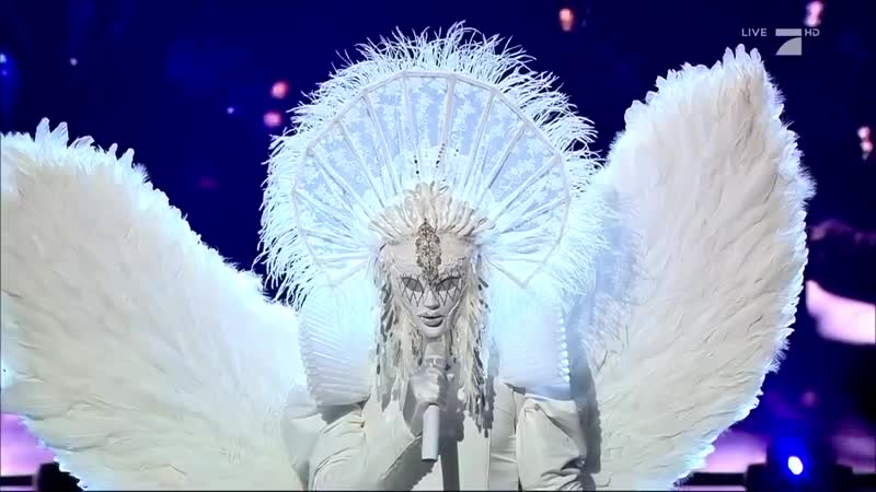 Sweet Dreams - Marilyn Manson _ Engel Performance _ The Masked Singer _ ProSiebe