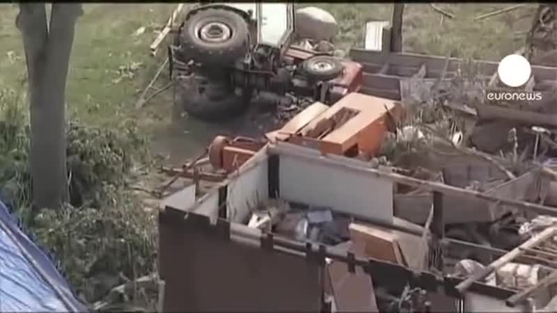Торнадо проходит по северо западу ПоРьши