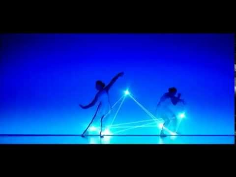 СУПЕР Танец двух танцовщиц со светом который взорвал интернет