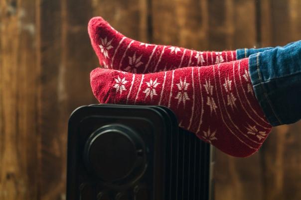 поздравления день любви к теплым носкам пришло время