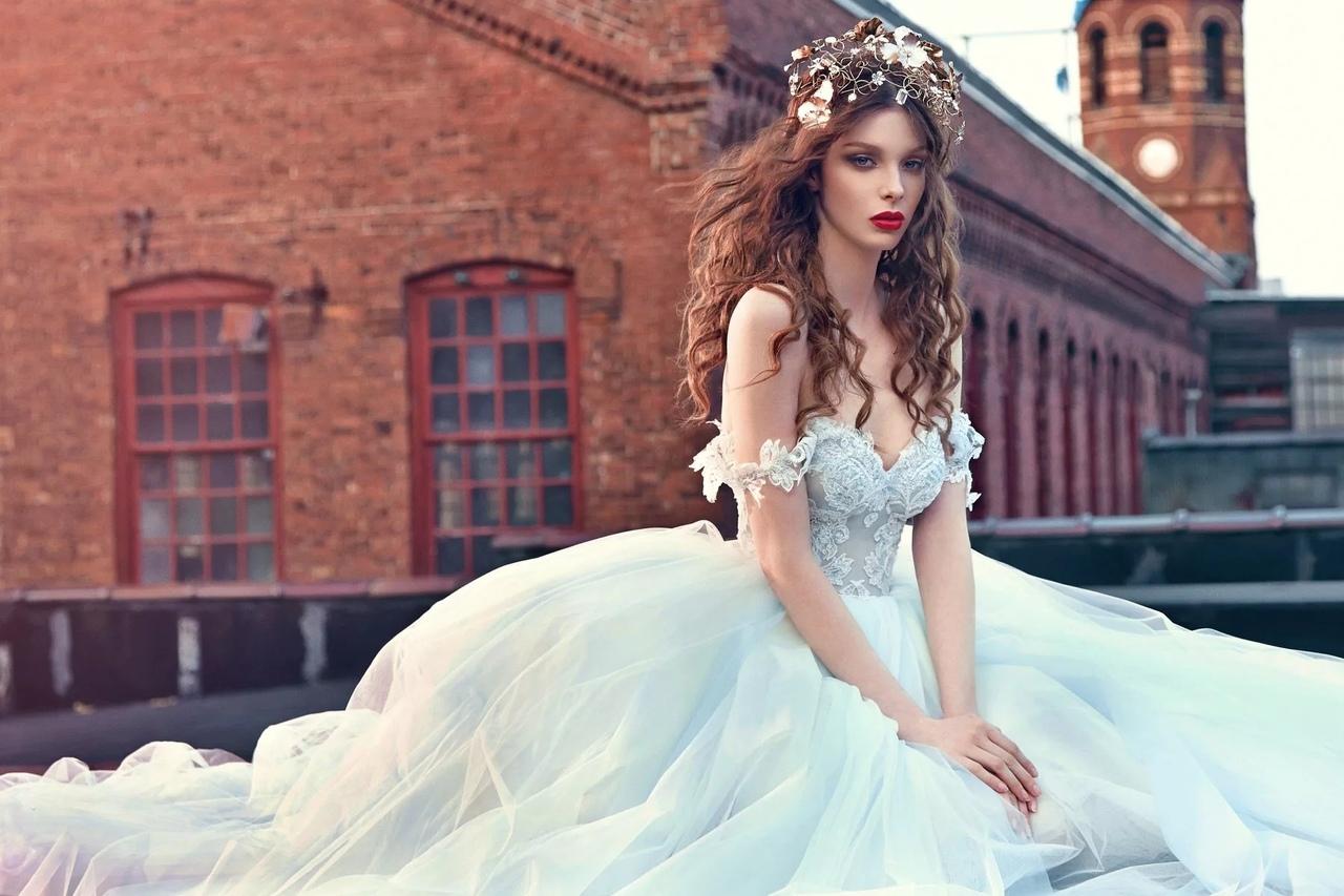 Как правильно ухаживать за блестками на платье?
