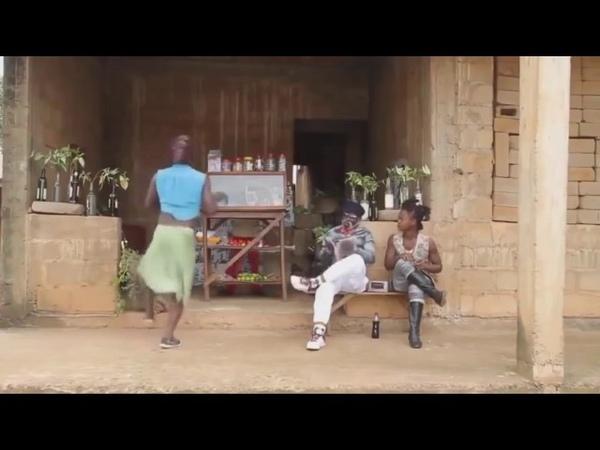 Два негра танцуют задорный танец!