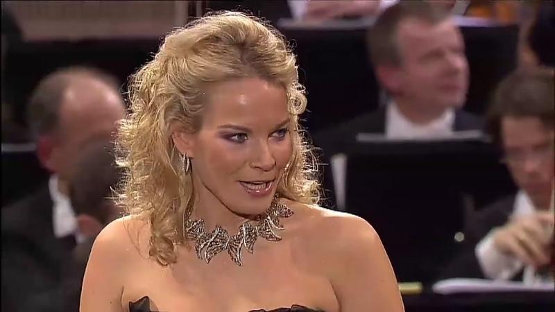 Elīna Garanča✮♫ Habanera aus der Oper Carmen von G Bizét