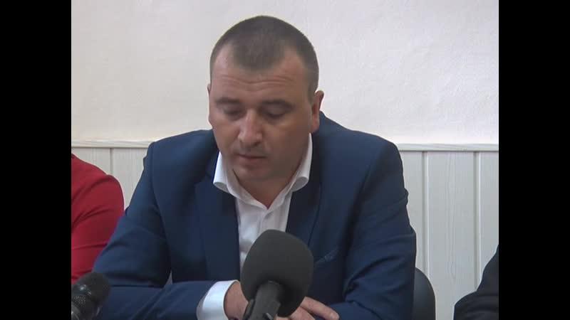 О спиливании деревьев Заместитель главы г. Ржева Евгений Сияркин