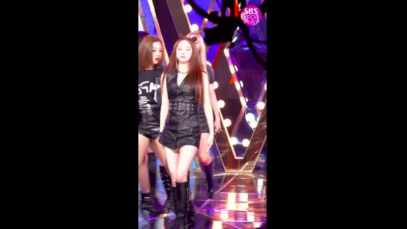 [안방1열 직캠4K] CLC 최유진 `Devil` (CLC CHOI YUJIN `Devil` Fancam)│@SBS Inkigayo_2019.9.8