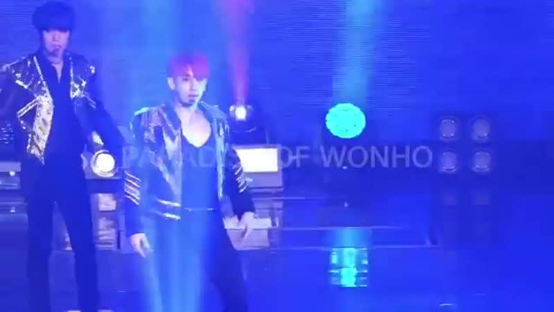 [VK][190413] MONSTA X fancam - Trespass (Wonho focus) @ The 3rd World Tour We Are Here in Seoul (D-1)