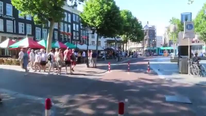 Amsterdam, Rembrandtplein 1960 vs today. Radical changes are possible