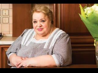 В Сети появилось фото молодой обнаженной Натальи Крачковской