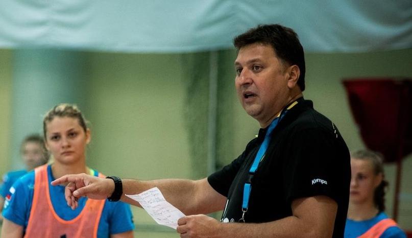 Матчи с украинцами пройдут в Минске, Петкович приедет 1 августа, а молодежь может начать сезон позже, изображение №3
