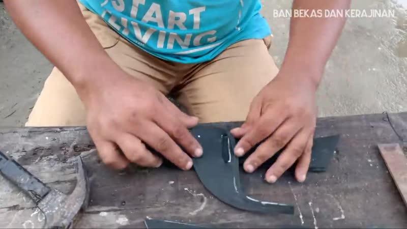 Ban bekas kerajinan technique of making rubber sandals manually