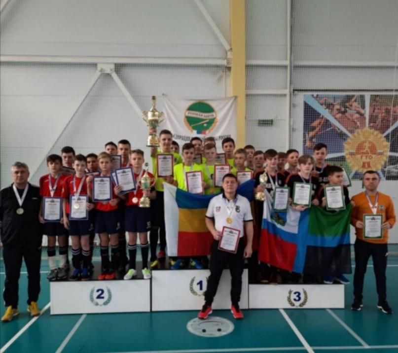 На первенстве России по мини-лапте сборная Оренбургской области заняла второе место