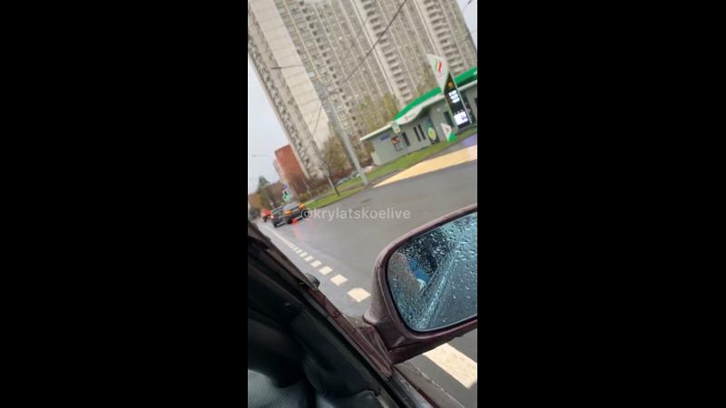Видео от КРЫЛАТСКОЕ LIVE Соседи