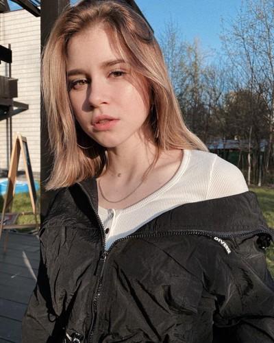 Маша Климова, Москва