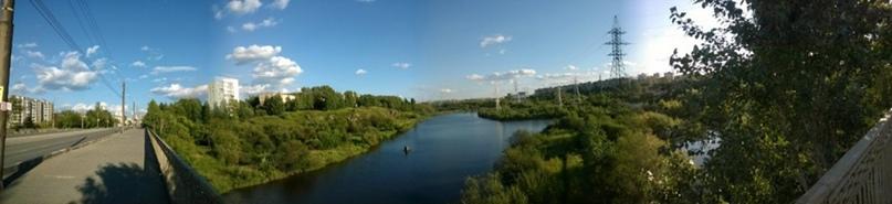 Улица Космонавтов, вид с моста