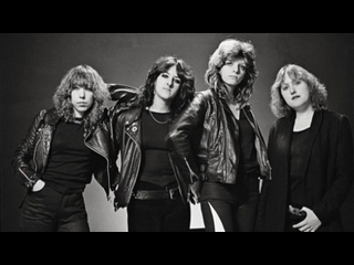 Girlschool. C'mon Lets Go 1981