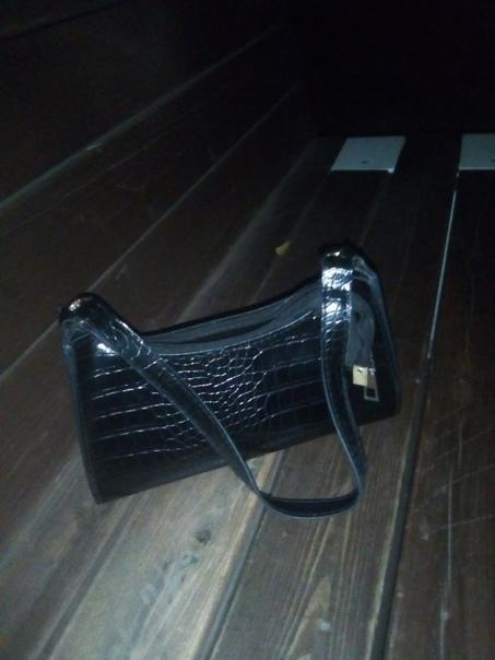 Найдена ночью сумка женская, на липовой аллеи, обр...