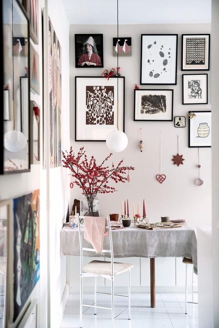 Датский дом с художественным оформлением, украшенный к Рождеству