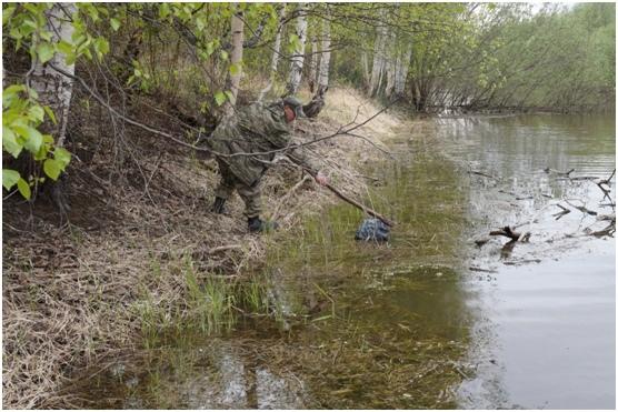 Участие в акции «Чистый берег» государственного природного комплексного заказника «Сургутский»., изображение №2