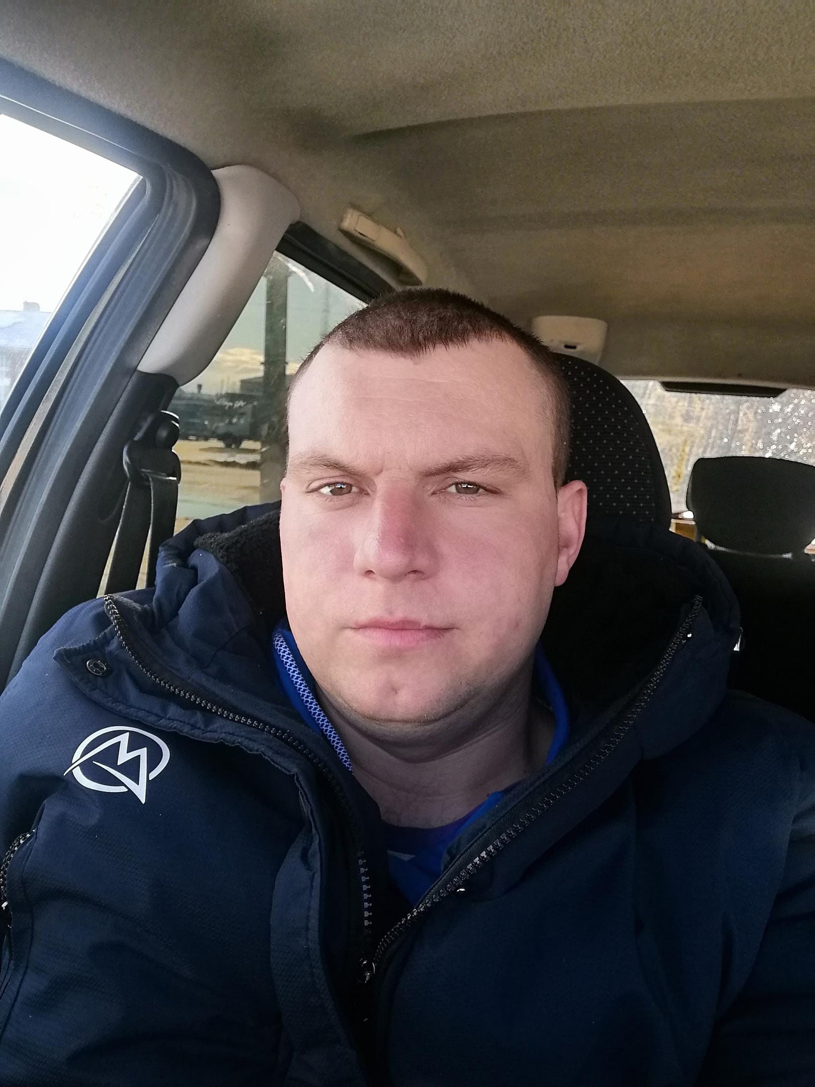 Михаил, 25, Vacha
