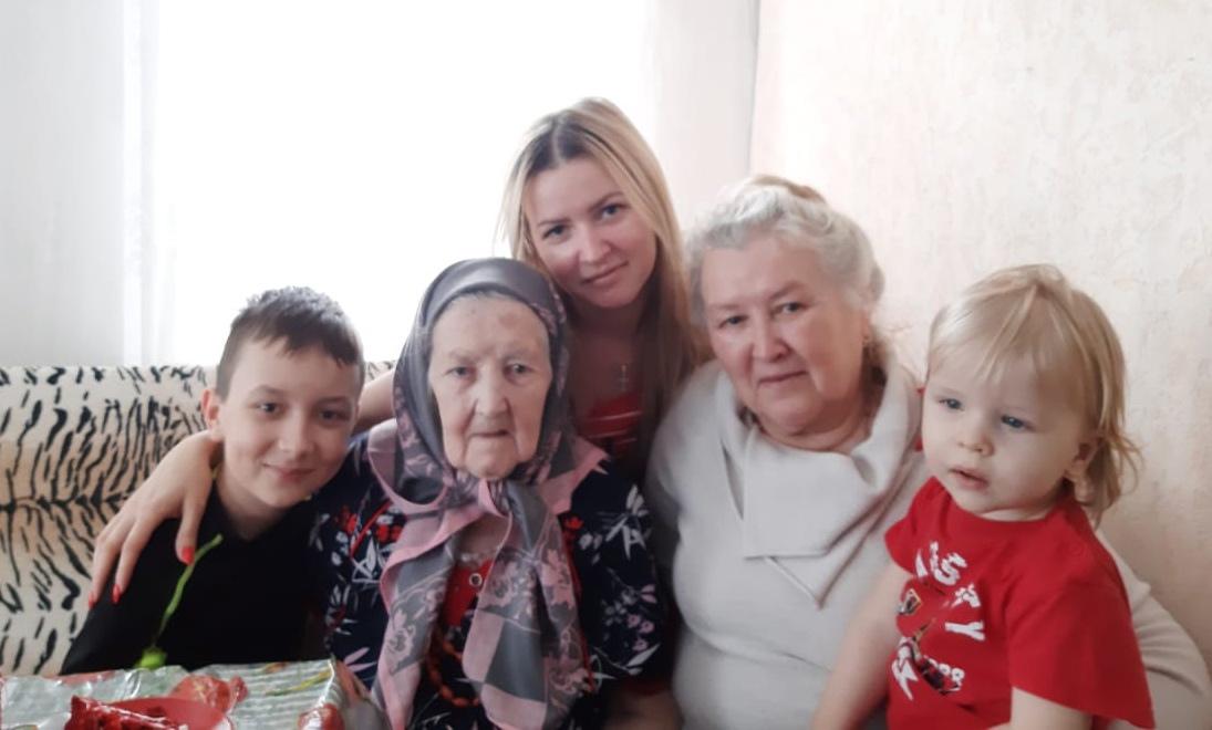 Сегодня 95 лет исполнилось труженице тыла из села Берёзовка Капиталине Ивановне ОДИНЦОВОЙ