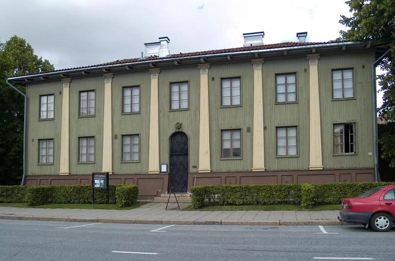 Штаб белогвардейцев в Сейняйоки, ок. 1925. Фото Котивало через Wikimedia Commons, Creative Commons Attribution-Share Alike 3.0 Непортированная лицензия (CC BY-SA 3.0).