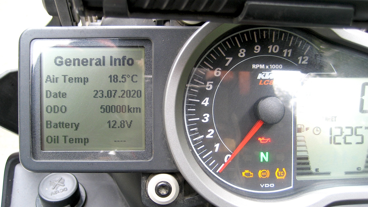 мой KTM 1090R в фотках сезона 2020