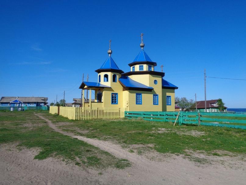 Храм в честь первоверховных апостолов Петра и Павла