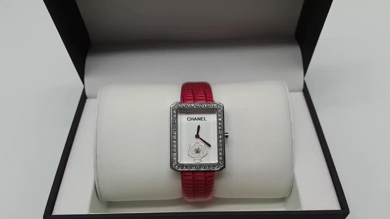 Часы Шанель квадратные белое золото кристаллы Сваровски кожаный ремешок Фукси