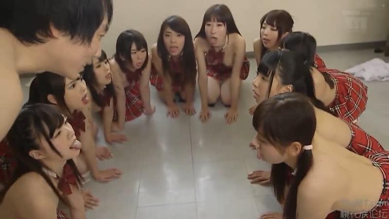 японское порно japanese porn blowjob минет сосет студентка в рот дает берет защеку ебет трахает секс горловой кончает schoolgirl