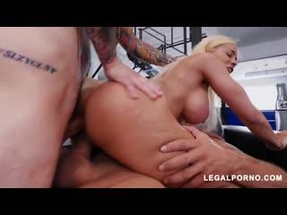 Luna Star (Latina Queen Luna Star Shows Us Why Shes A Pornstar Vs 2 Cocks AB007)[Anal, Gape, Big tits, DP, Toys]