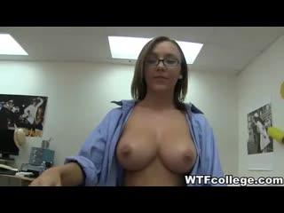 Hot_College_Girls_Fucks-240p.mp4
