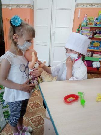 В детских садах Петровска прошли мероприятия, посвящённые Дню медицинского работника