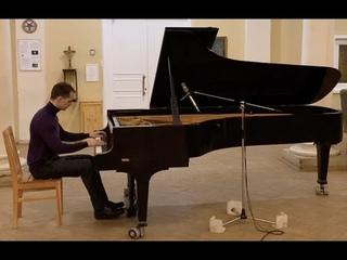 "Vladislav Mikhalchuk plays Rachmaninov's ""Elegie"" Live in studio"