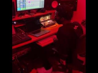 Сниппет трека Juicy J и Project Pat с делюкса «THE HUSTLE CONTINUES»