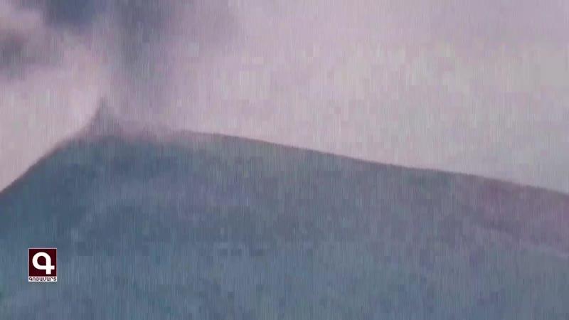 Тяжёлая огнемётная система «ТОС-1А «Солнцепёк» уничтожает опорный пункт противни