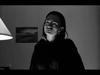 Надя  Nadja (1994) Режиссер Майкл Алмерейда; продюсер Дэвид Линч  триллер, ужасы, драма